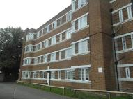 3 bed Apartment to rent in London Road...