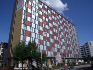 Studio flat to rent in London Road, Croydon