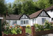 Detached Bungalow to rent in South Croydon, Surrey