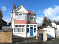 4 bed Detached home in Quadrant Road...