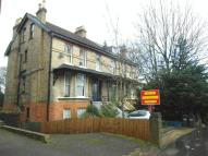 2 bed Apartment to rent in SOUTH CROYDON