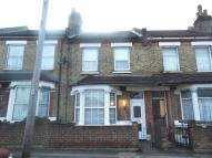 3 bed Terraced property in Rosebery Avenue...