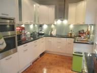 6 bedroom Terraced house to rent in Godson Road, Croydon