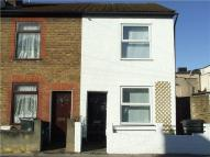 3 bed Terraced home to rent in Croydon