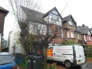 3 bedroom Apartment in Chatsworth Road, Croydon
