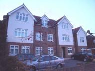Apartment to rent in Brighton Road, Purley