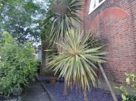 Flat for sale in Waddon Road CROYDON...