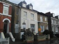 2 bedroom Apartment in Alexandra Road, Croydon