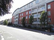 3 bed Apartment in Park Lane, Croydon