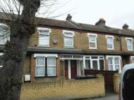 Flat to rent in Morland Road, Croydon