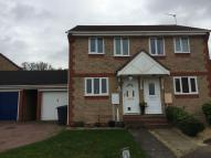 2 bedroom semi detached property to rent in Haselmere Close...
