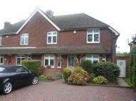 4 bed property in Furzehill Road...