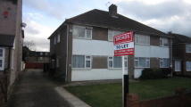 2 bedroom Maisonette in Star Road, Uxbridge, UB10