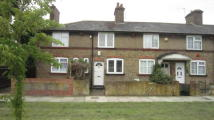 2 bedroom Terraced house in Hemmen Lane, Hayes, UB3