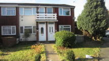 2 bed Maisonette in Gilpin Way, Hayes, UB3