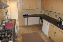 4 bed semi detached property to rent in Blyth Road, Hayes, UB3