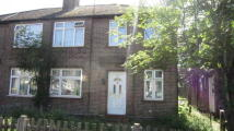 2 bed Maisonette in Botwell Crescent, Hayes...