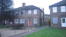2 bedroom Maisonette for sale in Botwell Crescent, Hayes...