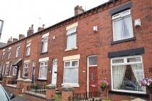 2 bed Terraced home in Queensgate, Heaton...