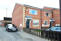 4 bed new house to rent in Crompton View Avenue...