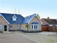 3 bed Chalet for sale in The Green, Brampton...