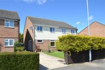 3 bedroom semi detached property in Bevan Close, Huntingdon...