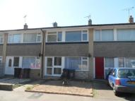 2 bedroom Terraced property in Yew Tree Gardens...