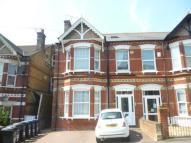 2 bedroom Flat in Cliftonville Avenue...