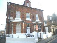 Ground Flat to rent in Queen Street, Ramsgate