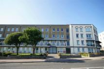 1 bed Flat in Wellington Crescent...