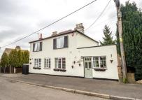 Town House for sale in Westmore Road, Tatsfield...