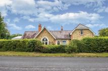 3 bed Detached property for sale in Croydon Road, Westerham