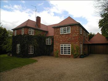 5 Bedroom House To Rent In Park Road Oxted RH8