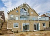 4 bedroom Detached house for sale in Seagrove Manor Road...