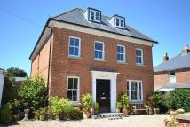 5 bed Detached property in Worsley Road, Gurnard