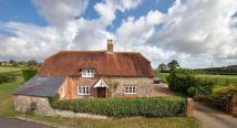 3 bed Detached property for sale in Pondcast Lane...