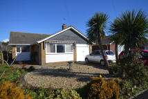 Detached Bungalow in Ashtree Way, Seaview