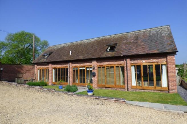 3 bedroom barn conversion for sale in little ingestre for 3 bedroom barn house