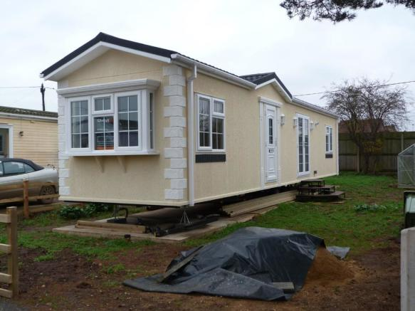 2 Bedroom Mobile Home For Sale In Snettisham Pe31