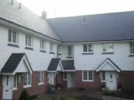 2 bedroom Town House in Hindhead