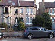 Ground Flat to rent in Avondale Road, Croydon...