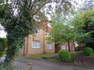 Flat in Normanton Road, Croydon...