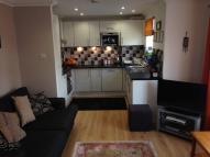 Flat to rent in Mulgrave Road, Croydon...