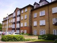 Apartment for sale in Barkers Court...