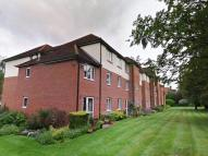 2 bed Retirement Property in London Court, Oxford...