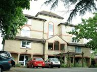 1 bed Retirement Property in Alden Court, Croydon...