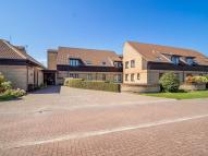 Flat for sale in Meadow Court...