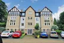 1 bedroom Flat in Rosewood Court, Leeds...