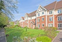 1 bed Flat in Wavertree Court, Horley...
