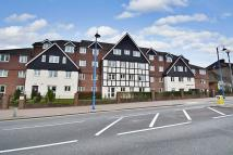 Flat for sale in Potters Court...